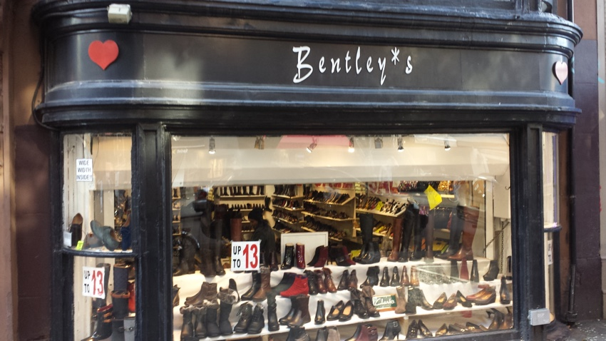 Bentley's, Montague Street, Brooklyn Heights, NYC