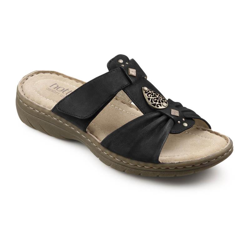 Evie sandal